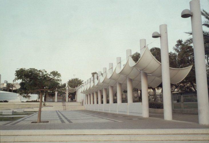 כיכר אנטין אוניברסיטת תא (2)