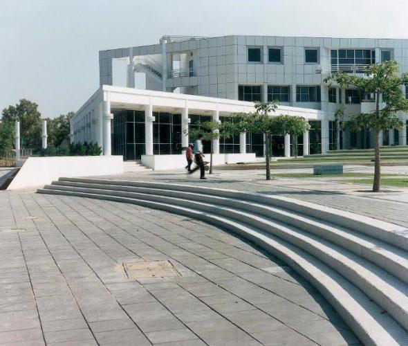 כיכר אנטין אוניברסיטת תא (3)